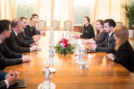 zastupcovia za slusne slovensko sa stretli s kiskom ich poziadavky sa nemenia