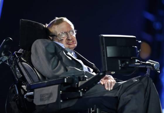 Popol Stephena Hawkinga bude uložený vedľa Newtona a Darwina vo Westminster
