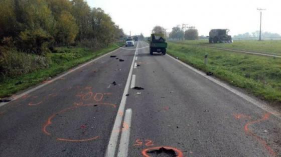 motocyklista preletel cez riadidla utrpel poranenie hrudnika a brucha