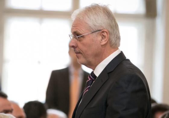 poslanec za sns farkasovsky chce vzdelavat investigativnych novinarov ohovaranie je bezny jav