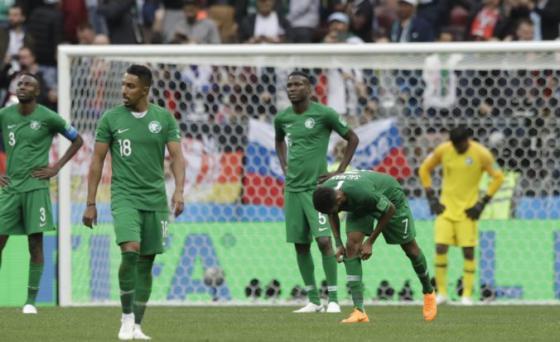 futbalisti saudskej arabie prezili na ms vo futbale 2018 chvile hrozy horelo im lietadlo