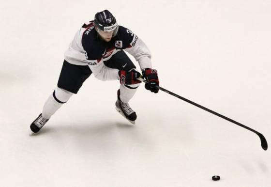 slovan ziskal vyraznu posilu do obrany do timu prichadza slovensky hokejovy reprezentant