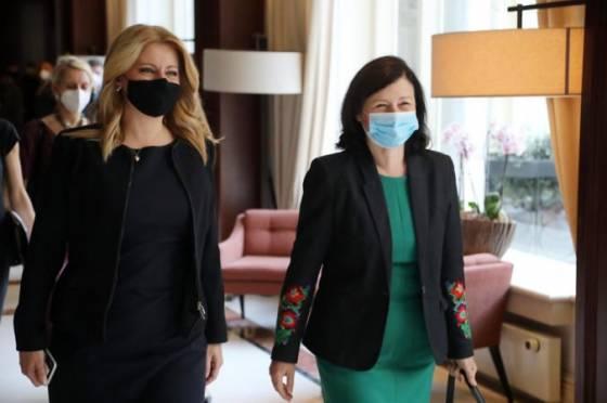 prezidentka zuzana caputova diskutovala o ludskych pravach demokracii aj o situacii okolo ruska