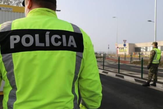v europskej unii prekvita obchod s ludmi policia identifikovala stovky moznych obeti