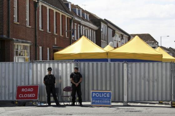 muza ktory sa v amesbury otravil novicokom prepustili z nemocnice