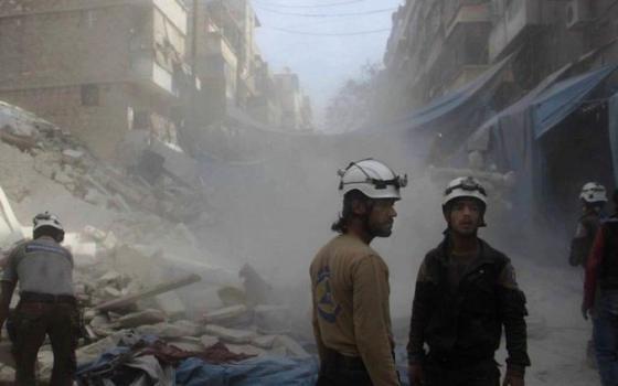 izraelska armada zachranila v syrii stovky dobrovolnikov a previezla ich do bezpecia