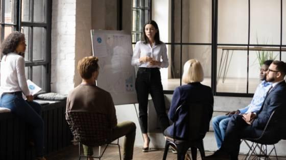 odstartujte karieru v amazone program career choice podporuje zamestnancov vo vzdelavani