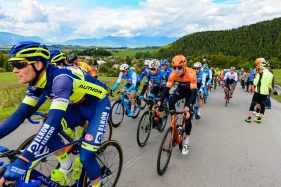 vitazom tretej etapy pretekov okolo slovenska sa stal demare ovladol narocnu koncovku v hlohovci