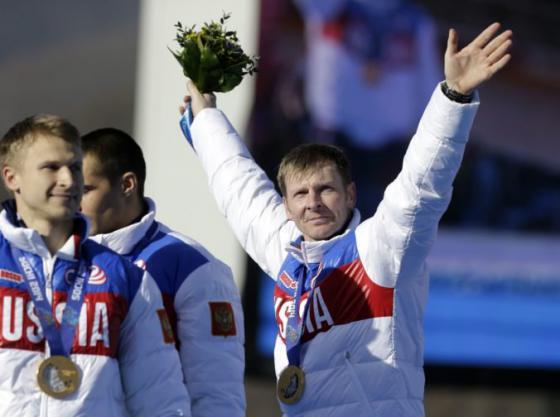 v dopingovej slucke uviazol aj pilot zlatych bobovych posadok z olympiady v soci