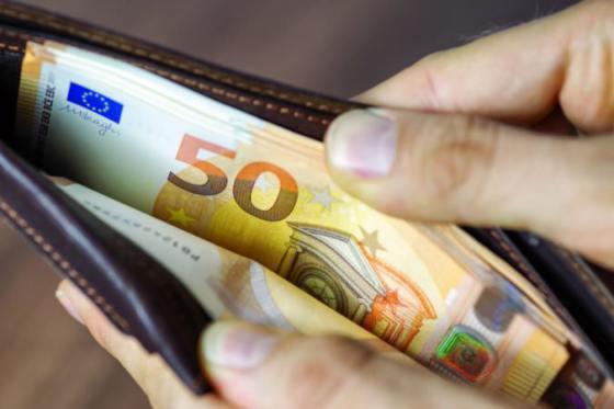 Takmer polovica Slovákov nerozmýšľa pri bežných nákupoch potravín či  oblečenia o cenách 9209e7dd332