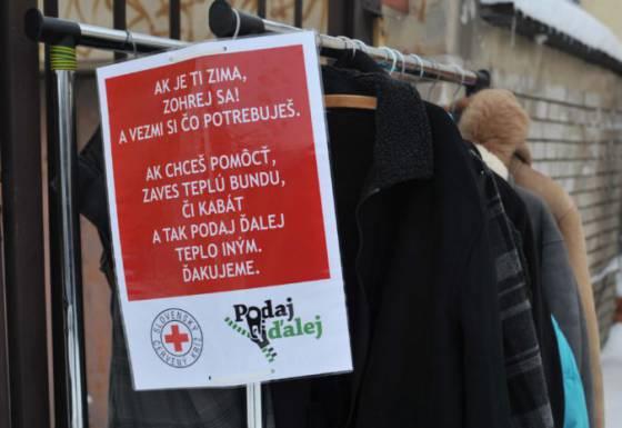 Ľuďom bez domova pomôže v boji s chladom Vešiak pomoci 6ad4caa44bc